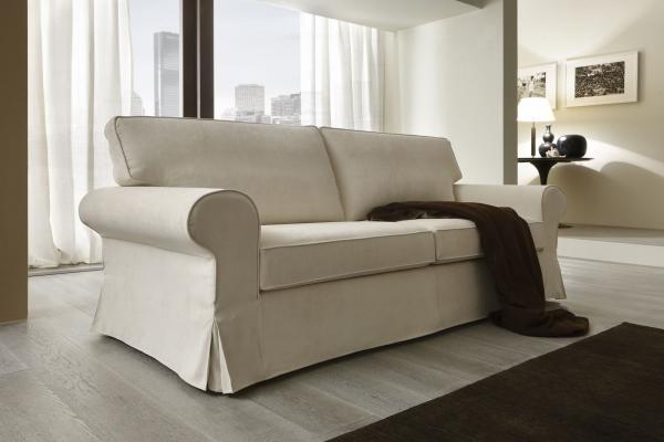 Divano classico divani e divani letto su misura poltrone relax tino mariani - Divano letto usato firenze ...