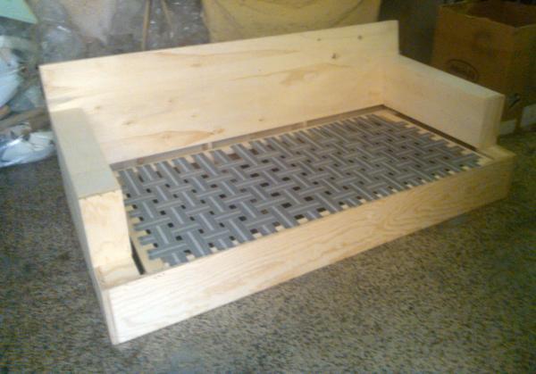 Divani di qualità artigiana – strutture in legno | Divani e Divani ...